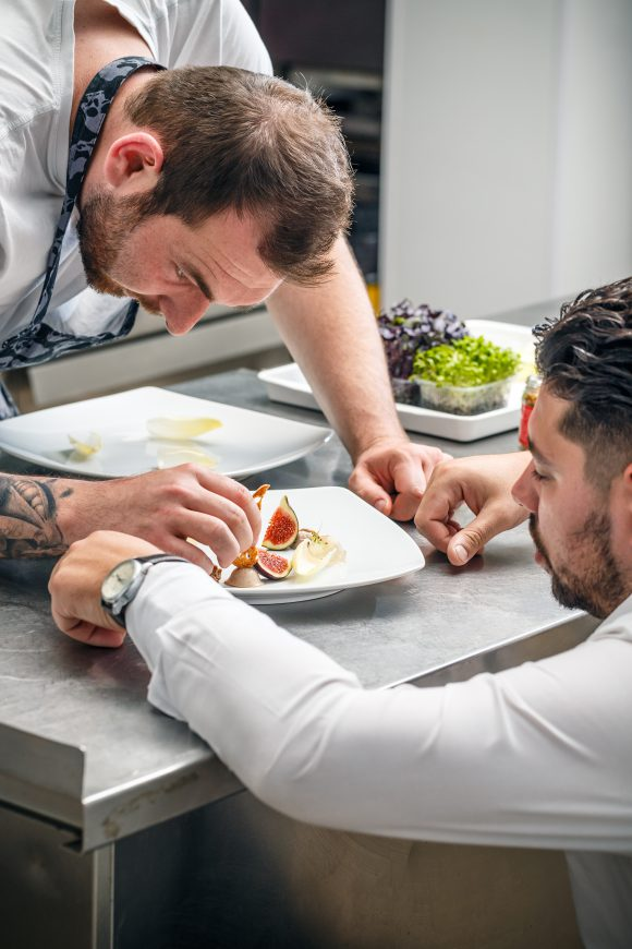 Chefs are brainstorming